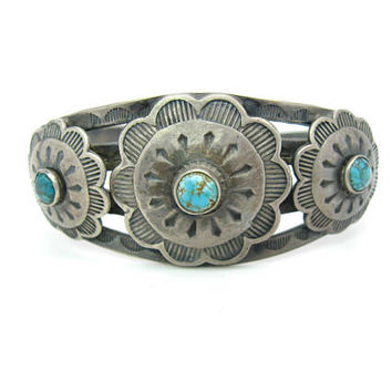 Navajo Bracelet. Turquoise Native American Sterling Silver Cuff. Sun, Flower. Vintage 1930s Fred Harvey Era Jewelry. Hand Stamped. 1.02 oz