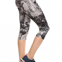 Stylish Marble Printed Athletic Capri With Flat Lock Stitch