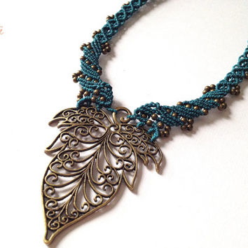 Handwoven Hippie-chic elvin leaf necklace pixie fairy gypsy boho bohemian micromacrame elven