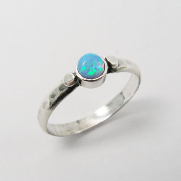 Christmas Sale - Opal ring. Adorable sterling silver ring (sr-9676). birthday gift bff girlfriend wife, romantic gift, opal jewelry