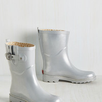 Puddle It Be? Rain Boot in Silver | Mod Retro Vintage Boots | ModCloth.com