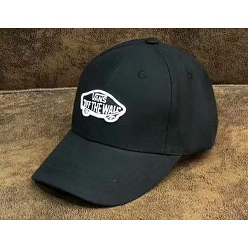 VANS 2018 new men and women models embroidered curved hat baseball cap F-A-KEN-CP black+white logo