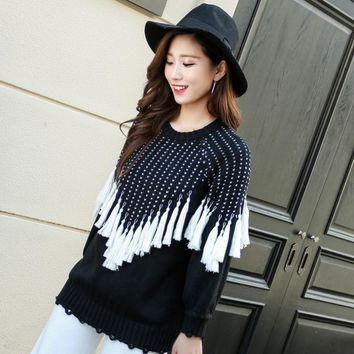 Autumn Winter New Style Tassel Fringe Lace/Lacework Black and White Panelled Crew Neck All Matched Jumper Sweater