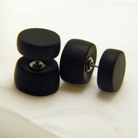 fake plugs, fake tunnels black, fake stretching earrings, faux ear piercings, fake expander earrings, fake stretchers