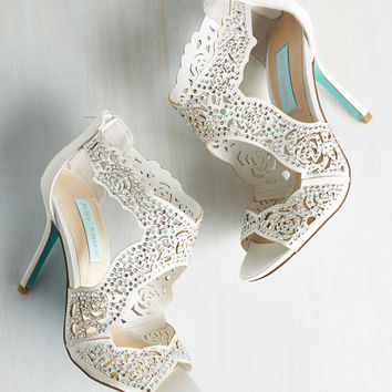 Something Bold, Something True Heel in Ivory