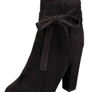 Gina Bow Tie Bootie - Black and Gray