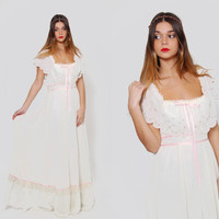 Vintage 70s GUNNE SAX Dress Cream EMBROIDERED Roses Maxi Dress Boho Wedding Dress