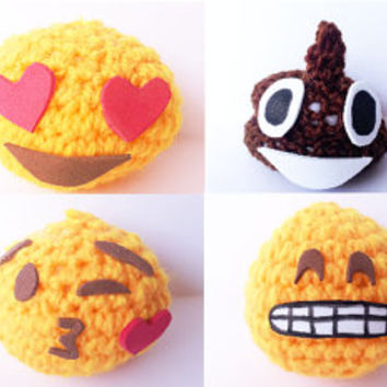 8 AMIGURUMI WHATSAPP EMOJI emoticon moon android face crochet wool heart