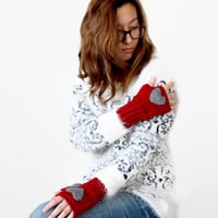 Autumn Trend / Hand Knit Fingerless Gloves / Medium size fits most. / Red . Gray . Heart . Love / Winter Fashion/ Arm Warmes . FRONT PAGE
