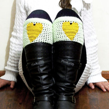 Boot Cuffs Women's Heart, Love Heart Short Leg Warmers. Crochet heart Boot Cuffs. Legwear Yellow White, BOOT SOCKS, Gift For Her, For Teens