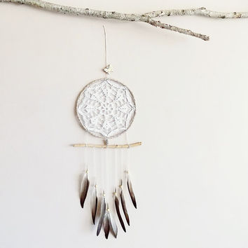 Dream catcher, large, boho dreamcatcher, crochet doily, wall decoration, cream, white, wall hanging, wall decor, butterfly, pigeon, handmade