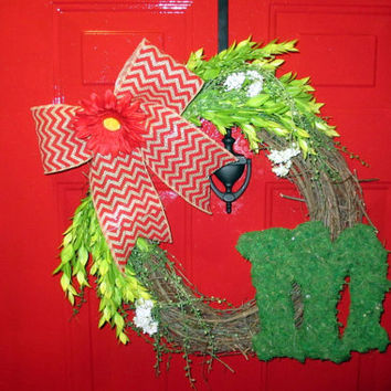 Spring/ Summer Front Door Grapevine Wreath - Monogrammed Moss Letter - Red Chevron Burlap Bow - Red Gerber Daisy - Easter
