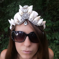 Crystal mermaid crown, seashell crown, crystal crown, Mermaid headpiece, seashell crown, shell crown, festival crown, white