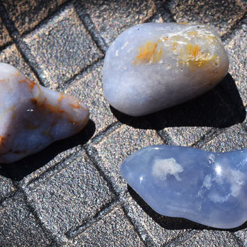 BLUE LACE AGATE Peace Stone Meditation Connect With Angels - Balance Throat & 3rd Eye Chakras