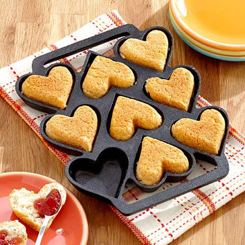Cast Iron Heart Shaped Pan Durable NEW