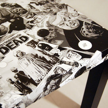 The Walking Dead Comic Collage Table FREE SHIPPING USA