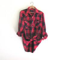 Vintage Plaid Flannel / Grunge Shirt / distressed Boyfriend snap up shirt / red checkered lumberjack