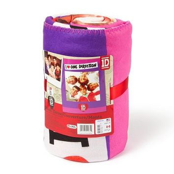 One Direction I Heart 1D Plush Blanket  | Claire's