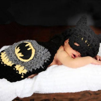Cute Kintted Hand Crochet Baby Photography Props Newborn BATMAN Blinder Hat and Cover Sets Infant Animal Beanie Hats