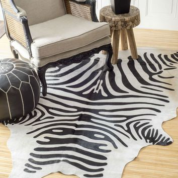 NuLOOM Hand Made Striped Cowhide Rug White