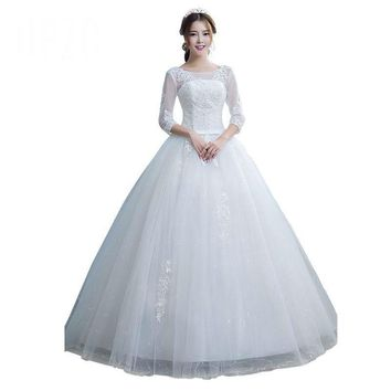 White Spring Tulle Three Quarter Wedding Dress Design Gown