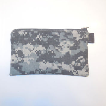 Small Zipped ACU Wallet - Gray Army Digital Camo Bag - Zip Phone Pouch - Zippered Cotton Coin Purse - Women Teen Pre Girl Gift - USA