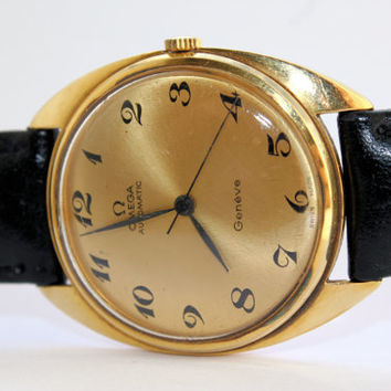 Vintage Mens Omega Geneve  18K Solid Gold Automatic Wrist Watch Cal 552