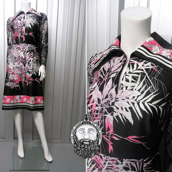 Vintage 70s Dagger Collar Dress Pink Black Oriental Print Boho Hippy Festival Wear Wide Collar Psychedelic Print Long Sleeve Midi Monochrome