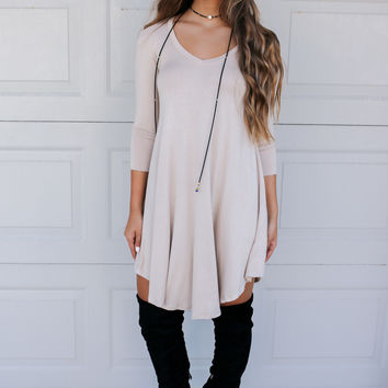 Maybe Baby Biege V-Neck Quarter Sleeve Tunic Dress