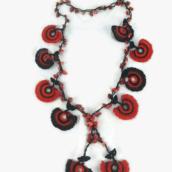 Red And Black Crochet Lariat Necklace - Crochet Motif Necklace - Beaded Necklace, Beadwork - Metal free Jewelry- Statement Necklace