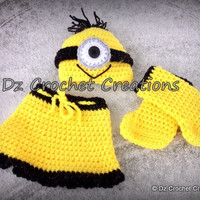 Crochet Minion Photo Prop Newborn Skirt set