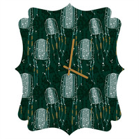 Raven Jumpo Sea Wasp Quatrefoil Clock
