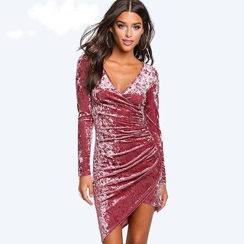Autumn Winter Elastic High Waist Sexy Velvet Dress Women Long Sleeve V-neck Black Pink Mini Dress robe femme