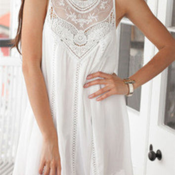 Trapeze Boho Spring White Appliques Sleeveless With Lace Dress