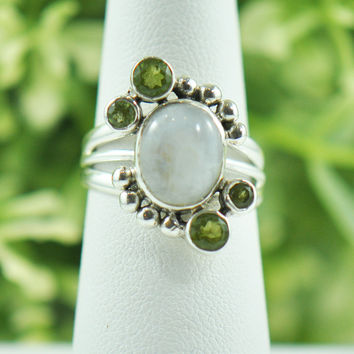 Sanya Moonstone and Peridot Ring in Sterling Silver