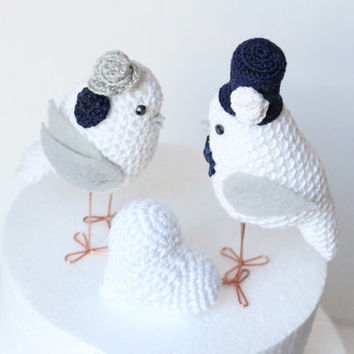Wedding Cake Topper Bride and Groom Love Birds and a crocheted heart / Unique Wedding Cake Topper /  Wedding Cake Decor
