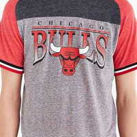 Mitchell & Ness Post Up NBA Tee-