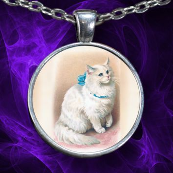 Persian Cat Pendant Necklace-Round