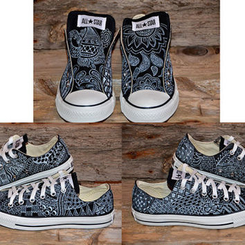 c750ff2bbe7c Zentangle designs on Black Converse All from lucytwoshoes on Etsy