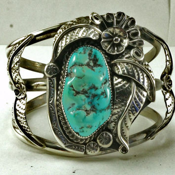 Native American Indian Vintage Turquoise and Sterling Silver Cuff Bracelet