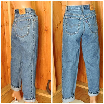 Vintage Levis 550 28 X 30  size 6 / LEVI'S 100% cotton denim jeans / high waisted medium wash relaxed fit Levi student jeans