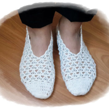 White, Hand knit women house slipper, with grey beads, Traditional Turkish Design, Home Slippers, Womens crochet shoe