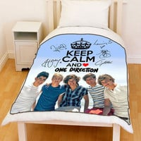 New [1D] Keep Calm And Love [One Direction] Fleece Throw Blanket - Best Seller