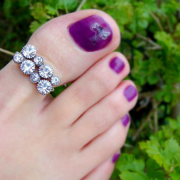 Toe Ring - Big Toe - Crystal Rhinestones - Stretch Bead Toe Ring