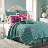 Laundry by Shelli Segal® Shiva Queen Coverlet