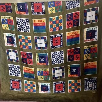 VONEIR6 Vintage Chanel CC Logo Squares Scarf?Multi Colors & CC Designs, 100% Silk