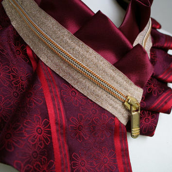 Floral collar necklace in red and burgundy with gold glitter zipper, statement necklace, woman's eco fashion (79)