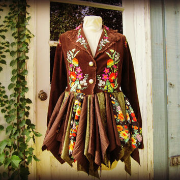 M-L Woodland Pixie Coat// Embroidered Fairy Coat// Green Brown Floral// emmevielle