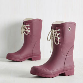 Rainy Route Rain Boot in Mulberry | Mod Retro Vintage Boots | ModCloth.com