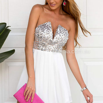 Touch Of Class Dress (White)